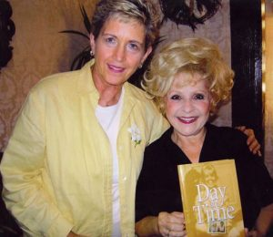 Brenda Lee 2008, getting a book at the Little Nashville Opry.
